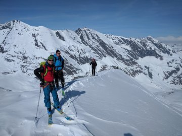Experience (price per group): Ski mountaineering in Valle d'Aosta