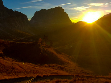 Experience (price per group): SUNSET TRAILS VAL GARDENA