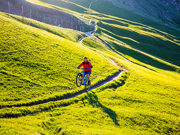 Experience (price per group): HIDDEN TRAILS TOUR VAL GARDENA