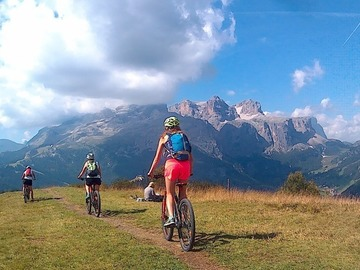 Adventure (price per group): Two days of MTB excursions on the Dolomites