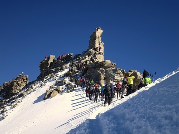 Experience (price per group): MOUNTAINEERING ON THE GRAN PARADISO 4.061M