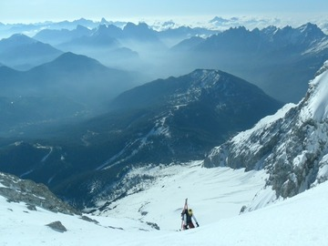 Experience (price per person): STEEP SKIING IN THE DOLOMITES