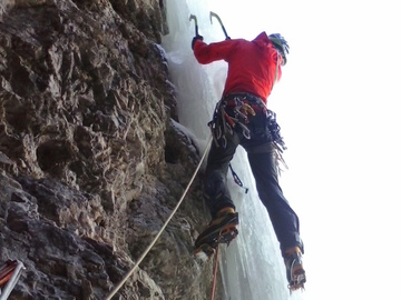 Social Experience (price per person): ICE CLIMBING IN THE DOLOMITES • ARABBA