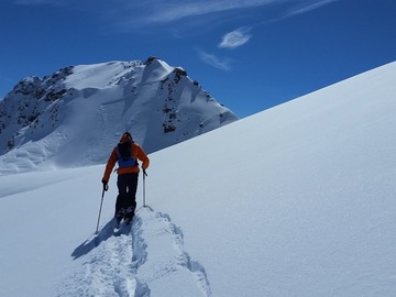 Private Experience (price per group): Val d'Isere Off-Piste Guiding and Coaching (full day)