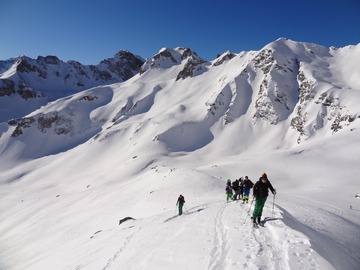 Private Experience (price per group): Sainte Foy Off-Piste & Touring Experience