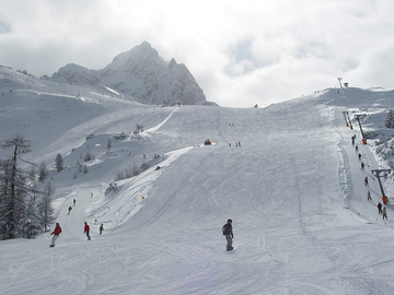 Experience (price per group): Ski day with Guide in Cortina - Val Gardena