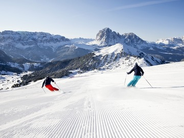 Experience (price per group): Private Ski Lesson and Ski Tour Sella Group