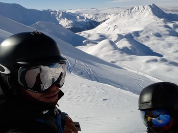 Experience (price per group): Full day of freeride with restaurant stop.