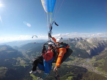 Entdeckung (preis pro person): GLEITSCHIRM TANDEMFLUG in den Dolomiten - Val Gardena