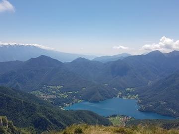 Experience (price per person): Trekking al Rifugio Pernici e Cima Parì