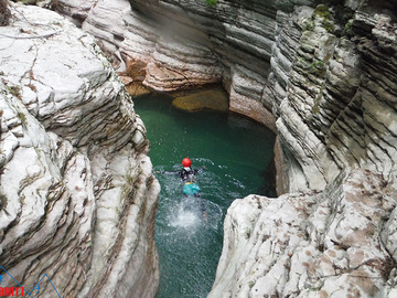 Social Experience (price per person): Canyoning in Dolomiti Valle del Primiero Val Noana