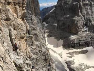 Experience (price per group): Campanile Basso - Dolomiti di Brenta