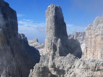 Experience (price per group): Via Normale - Campanile Basso - Dolomiti di Brenta