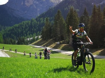 Experience (price per person): Sellaronda Tour in E-MTB