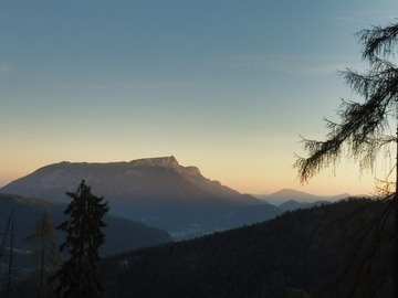 Experience (price per person): Hiking in the Alps from Munich