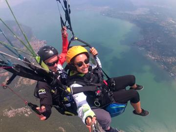 Experience (price per person): Volo in parapendio tandem Lago d'Iseo (biposto)