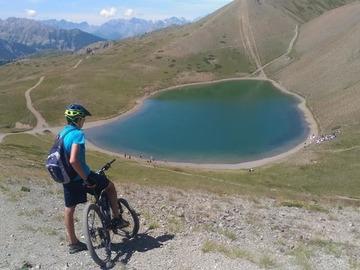Esperienza (prezzo a persona): Giro del Lago dei 7 Colori