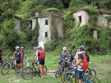 Social Experience (price per person): Escursione Guidata in MTB - Valtaro, Appennino Parmense