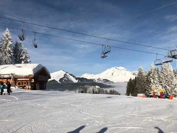 Social Experience (price per person): Ski lesson Port du Soleil: Morzine-Les Gets-Avoriaz (full day)