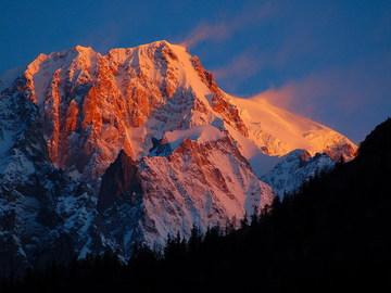 Social Experience (price per person): Ski lesson Monte Rosa Ski: Gressoney-Champoluc-Alagna (half day)