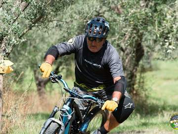 Esperienza Social (prezzo a persona): Tour in e-bike nei sentieri dell' Isola d'Elba