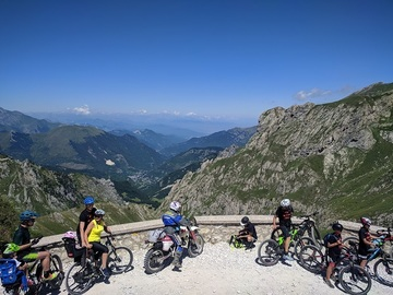 Experience (price per person): MTB / E-MTB sulla Via del Sale
