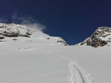 Experience (price per group): Freeride ski in Monte Rosa massif