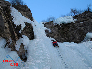 Experience (price per group): Ice Climbing in Dolomiti