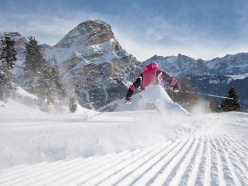 Experience (price per person): Sellaronda Ski & Snowboard Safari