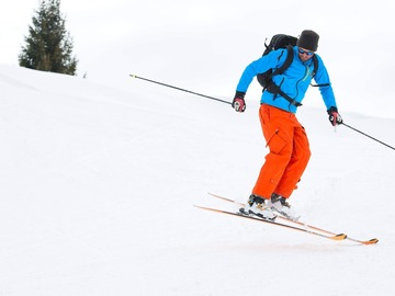 Experience (price per group): Day in St Moritz with private ski instructor