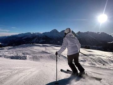 Esperienza (prezzo per gruppo): Giornata a Laax con maestro di sci privato