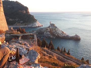 Avventura (prezzo per persona): Capodanno in rifugio - tra Mare e Monti-Portovenere