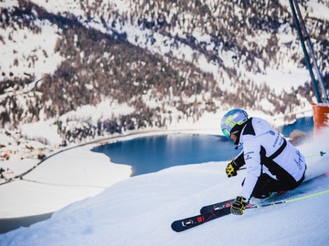 Experience (price per person): Ski lessons with Giorgio Rocca