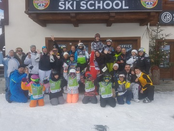 Experience (price per person): Group ski lesson for kids (6 days - 5 hours/day)