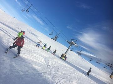 Experience (price per person): Private ski lessons at Piani di Bobbio