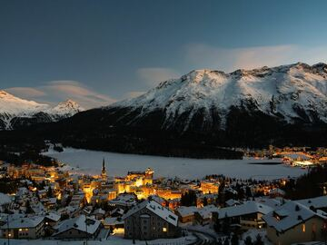 Experience (price per group): Full day skiing with private ski instructor in St. Moritz
