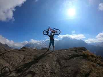 Experience (price per group): Sellaronda bike tour
