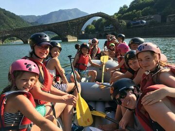 Experience (price per person): Family Rafting