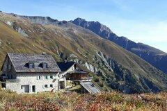 Esperienza (prezzo a persona): Hike Ischgl to the Friedrichshafner Hut