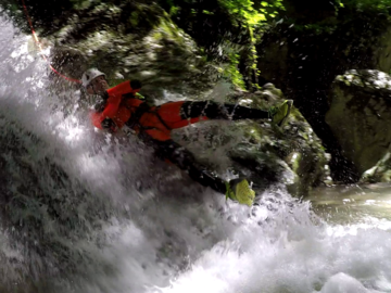 Entdeckung (preis pro person): Canyoning Vajo dell'Orsa - intermediate version