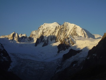 Adventure (price per person): Stage Mont Blanc - with preparation for the ascent