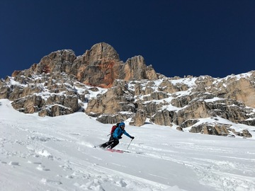 Experience (price per person): Freeride in the Dolomites