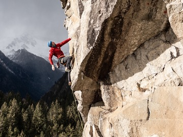 Experience (price per person): Climbing in Val Rendena
