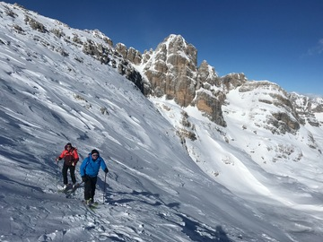 Experience (price per group): Cima Roma 2.830m - Ski mountaineering