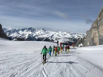 Experience (price per group): Val Gelada - Ski mountaineering
