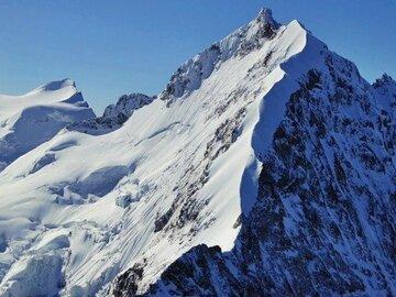 Experience (price per person): Piz Bernina Biancograt and Piz Palü crossing