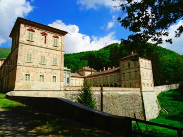 """Experience (price per person): Tour in the """"Borgo dei Formaggi"""" in Val Casotto (Cycling)"""