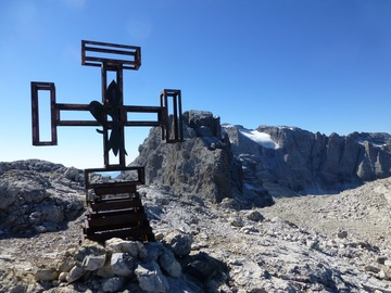 """Experience (price per person): The """"Brenta Dolomites"""" and the mountaineering of the past"""