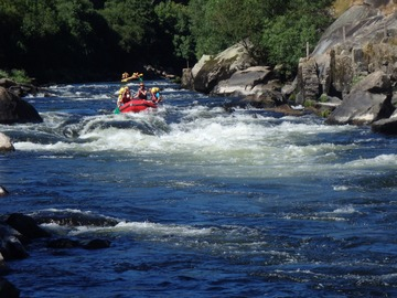 Adventure (price per person): Rafting in Galicia River Ulla