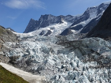 Experience (price per person): Hike & Fly Schreckhornhütte, Grindelwald